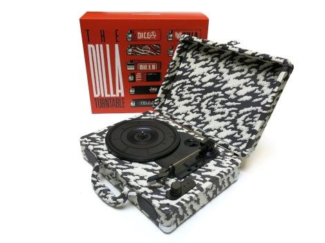 dilla-turntable